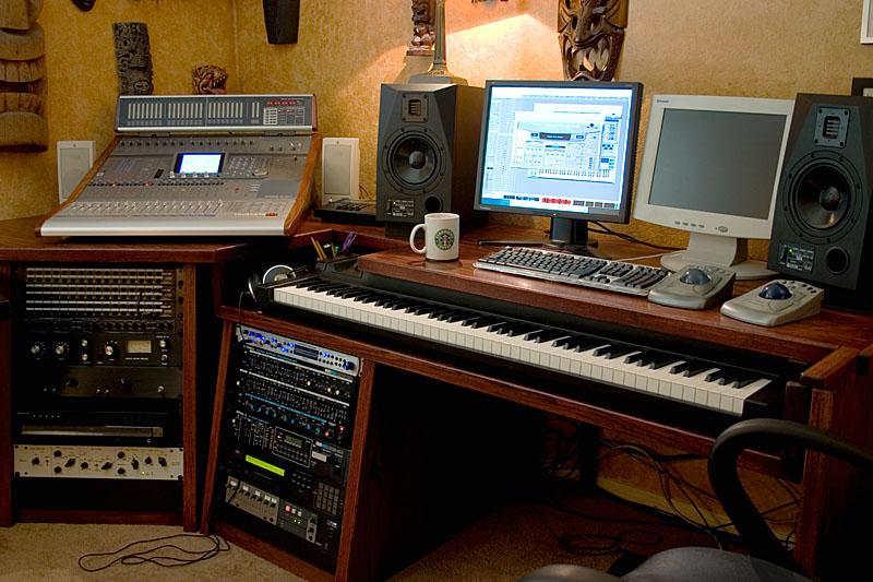 Composer Desk Plans